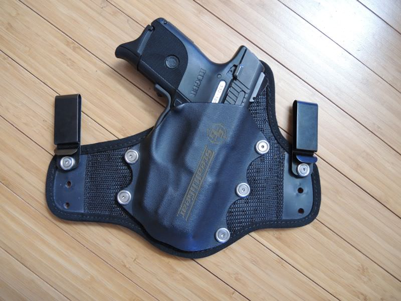 The Stealthggear USA ONYX Holster