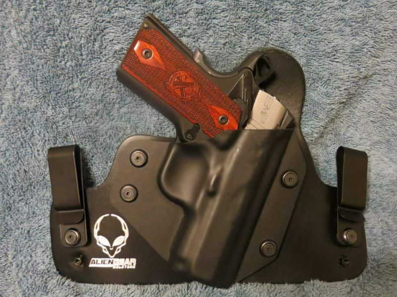 Alien Gear IWB Hybrid Holster with Springfield EMP