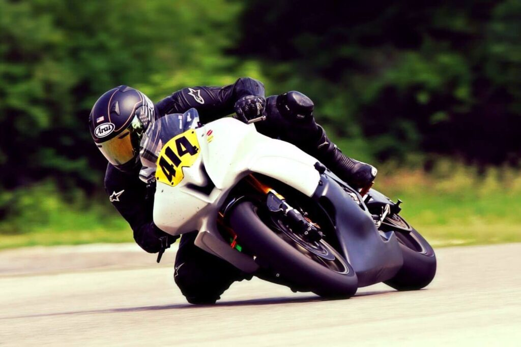 Forward Leaning Motorcycle Concealed Carry Styles (Racing, etc.)
