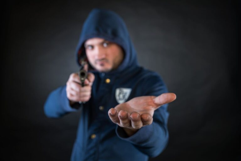 Protecting Yourself In Private Sales: Concealed Carry And Face-to-Face Sales Tips