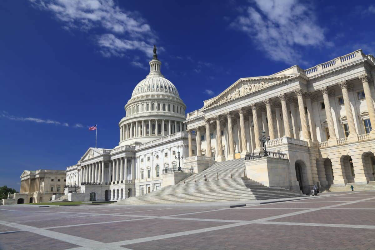 Shots Fired at US Capitol Visitors Center; Office Injured
