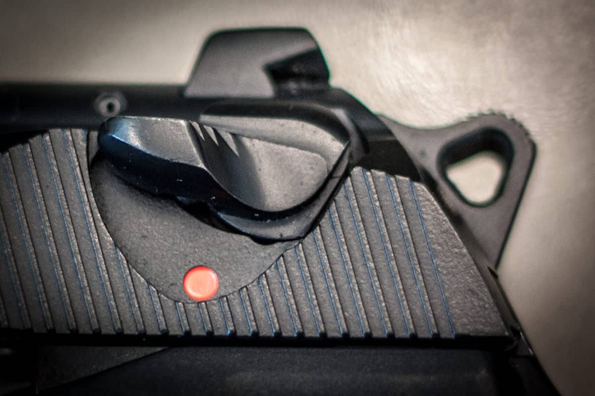 Manual Safety For Pistols -- Good Or Bad For Concealed Carry?