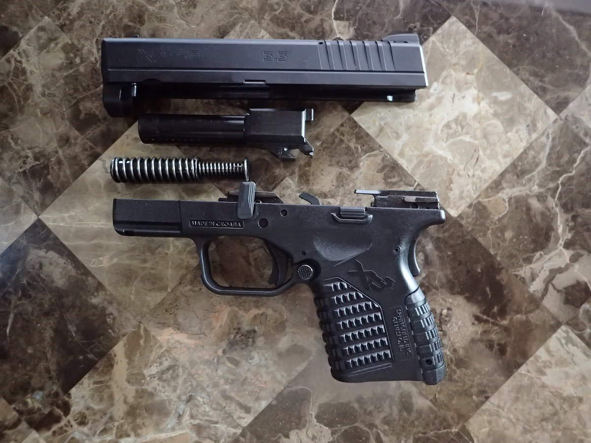 """Springfield Armory XDs 3.3"""" .40 Field Stripped"""