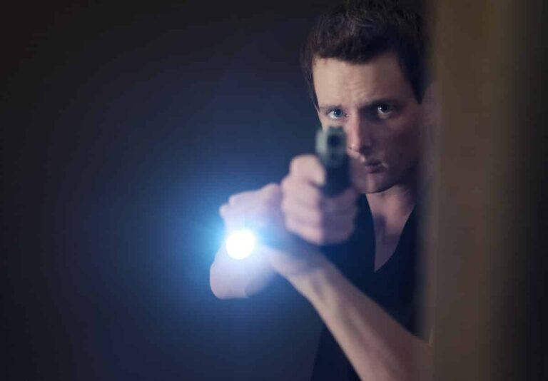 Clearing Corners And Doorways With Your Concealed Carry Handgun