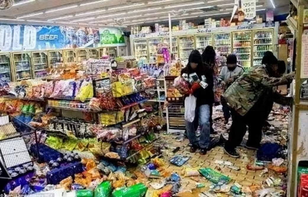 looting-baltimore
