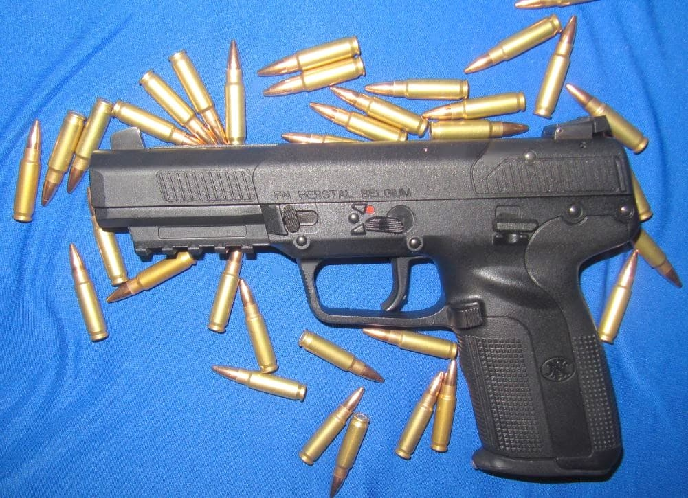 [FIREARM REVIEW] Is the FN 5.7 Pistol That Good?