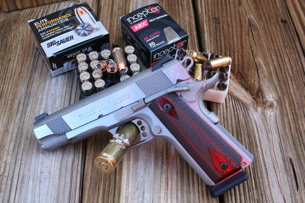 Colt 1911 XSE Combat Commander .45 - Sig Sauer Elite Performance & Polycase Inceptor ARX Ammo