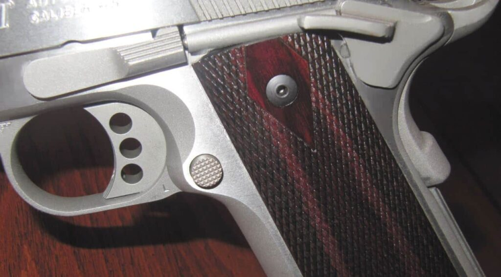 Colt 1911 XSE .4 - 3-Hole Aluminum Skeletonized Trigger & Large Rounded Mag Release