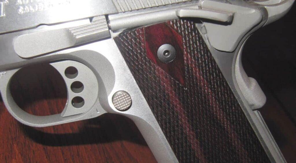 Colt 1911 XSE .4 - 3-Hole Aluminum Skeletonized Trigger & Large Rounded Mag Release