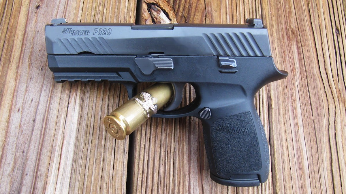 FIREARM REVIEW] SIG SAUER P320 Selected by U S  Army as Its Handgun