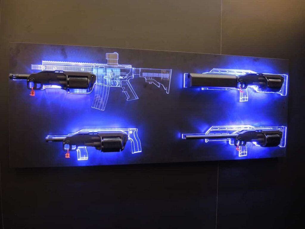 Shot Show 2017: SIX12 Modular 12 Gauge Revolver Shotgun