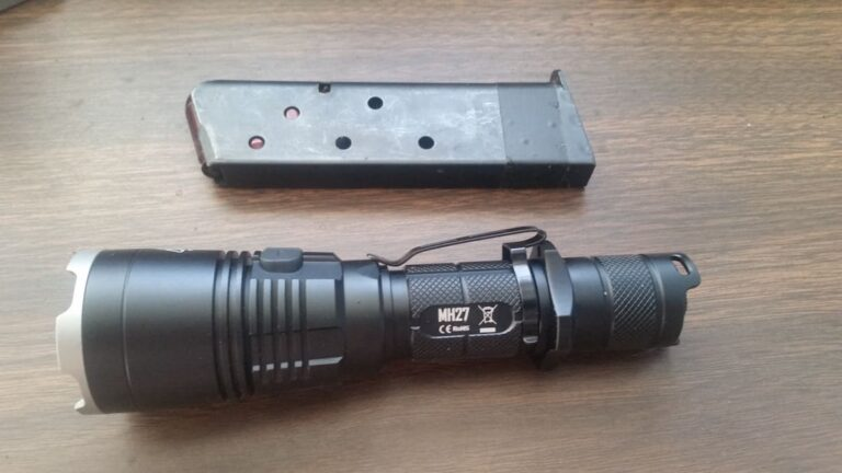 NiteCore MH27 [Flashlight Review]