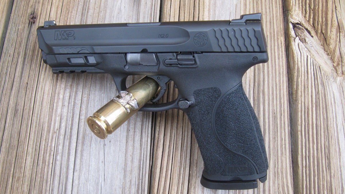 Smith and Wesson M&P 9