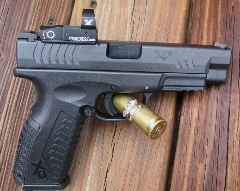 Springfield Armory XD(M) OSP Red Dot 9mm [FIREARM REVIEW]