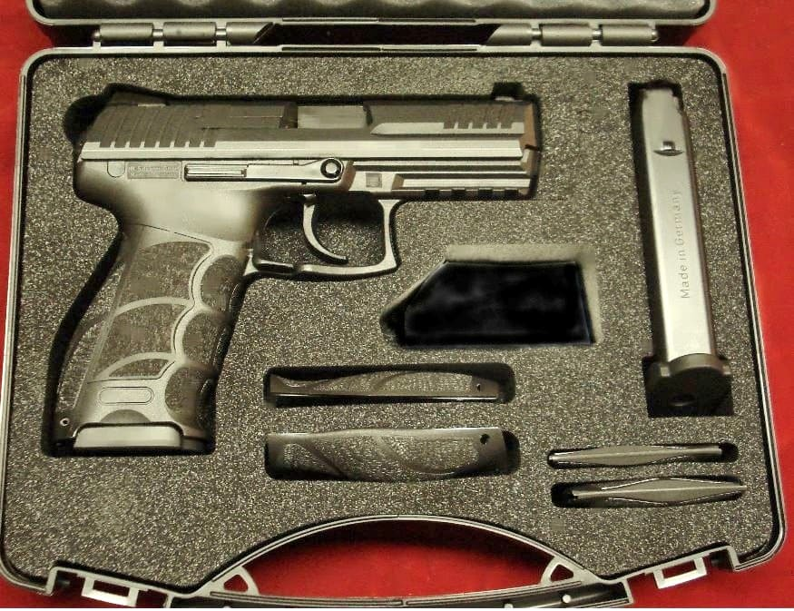 HK P30 Hard Case with 2 magazines, Backstraps, Side Panels, Lock, & Owner's Manual