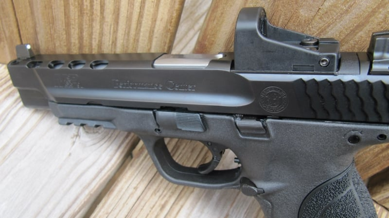 Smith-Wesson M&P Ported 9L with SMS Red Dot Sight-Ports