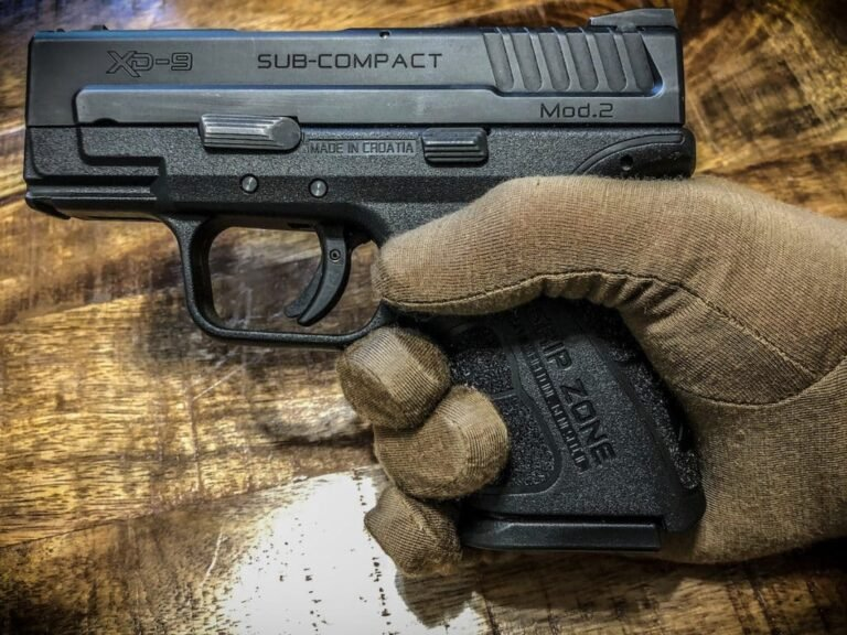 5 Types Of Gloves Perfect For Concealed Carry
