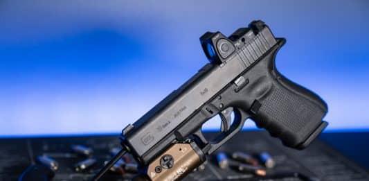 Train with One Gun: Familiarity Maximizes Performance