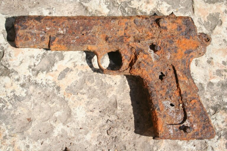 Dealing with Rust and Maintaining a Concealed Carry Gun
