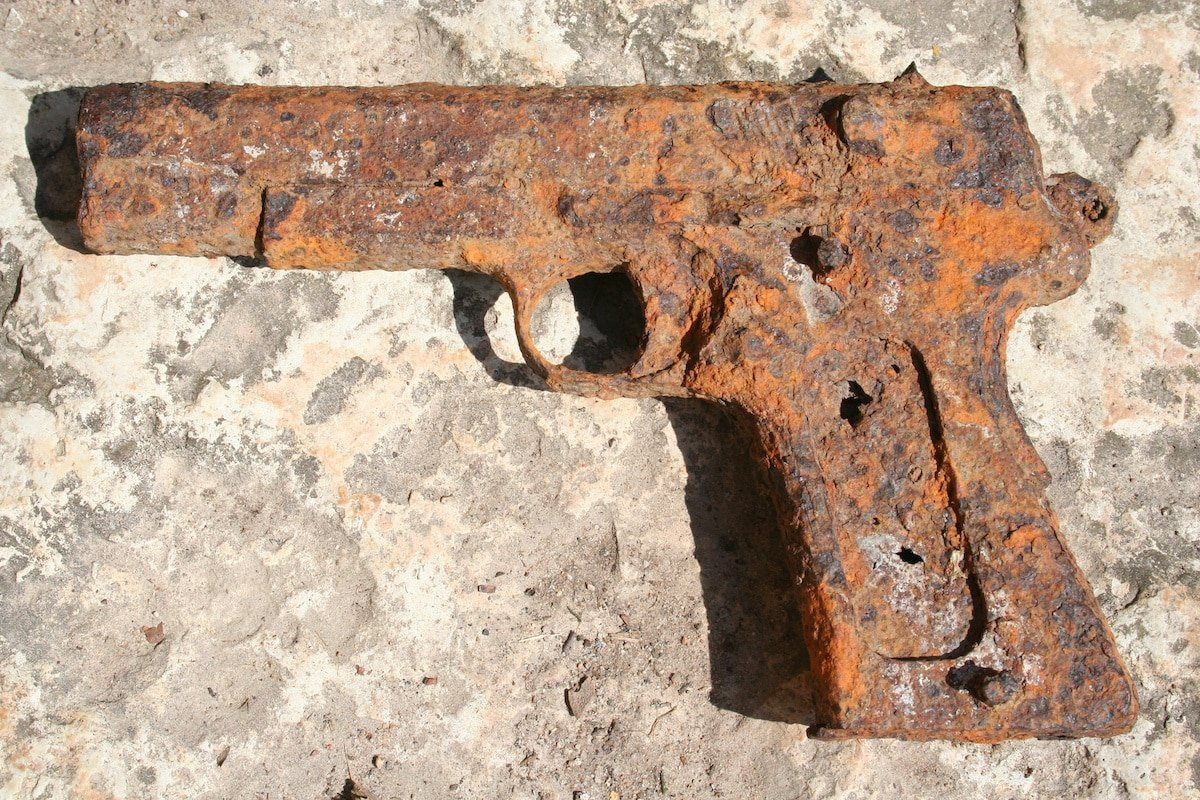 Dealing with Rust and Maintaining a Concealed Carry Gun - USA Carry