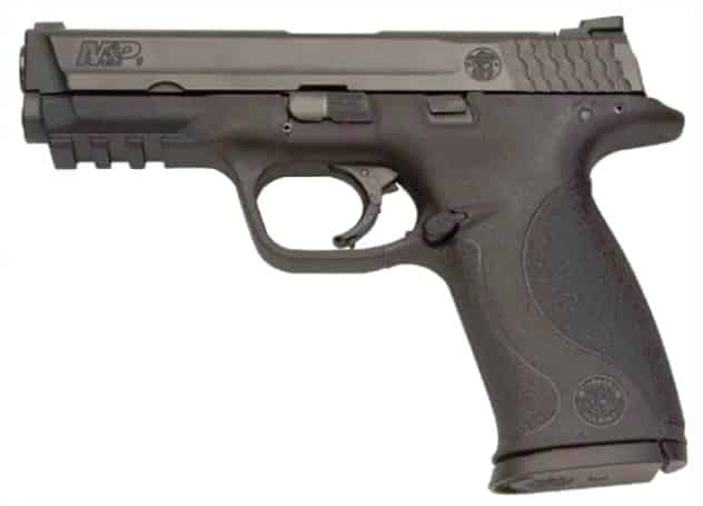 Smith-Wesson M&P9-1.0: Extended Grip Tang, Low Bore Axis, Short Reset, Changeable Backstraps, Rail