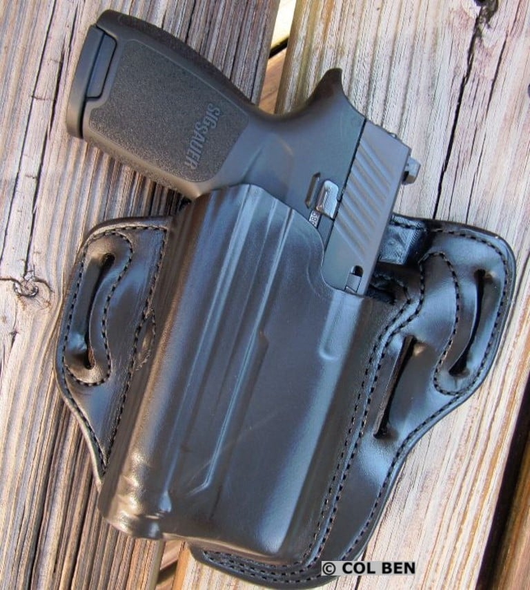Viridian's Desantis Speed-Lite OWB Leather Holster with INSTANT-ON with Sig Sauer P320 Compact