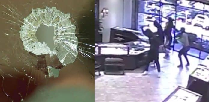 [VIDEO] Thieves Scatter As Jewelry Store Owner Shoots Through One-Way Mirror