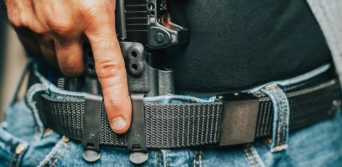 3 Considerations When Choosing a Gun Belt