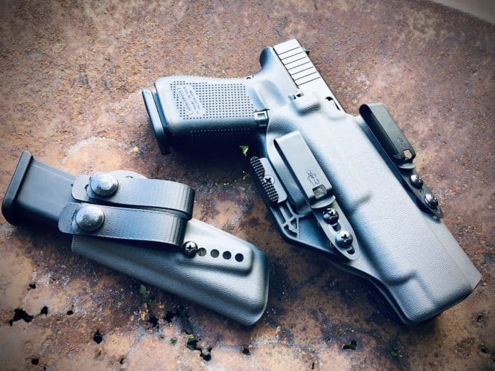JM Custom Kydex Wing Claw 2.0 Review