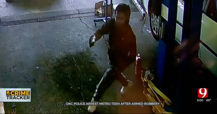 Auto Shop Owner Shoots at Armed Robber After Getting Pistol-Whipped