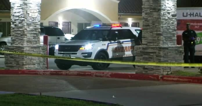 Man Confronts and Shoots Car Thief Outside of Texas Motel