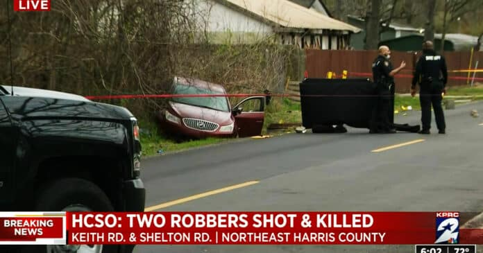 Man Eating Lunch in His Car Shoots & Kills 2 Attempting Robbers