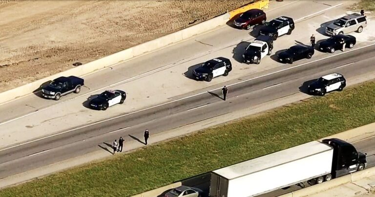 Road Rage Incident Leave One Man Dead After Other Man Defends Himself and Kids