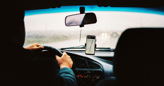 5 Tips for Using Ride Sharing Services and Taxis Safely